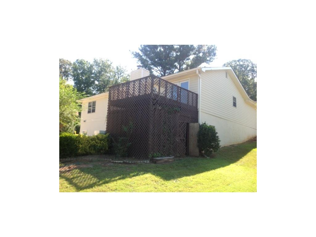 504 Valley Woods Circle SE, Conyers, GA 30094