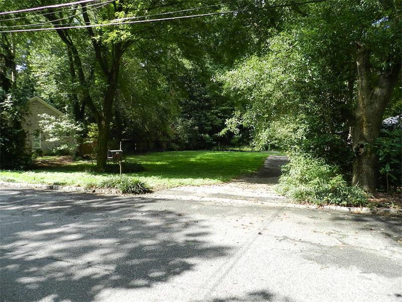 1416 Brook Valley Ln NE, Atlanta, GA 30324