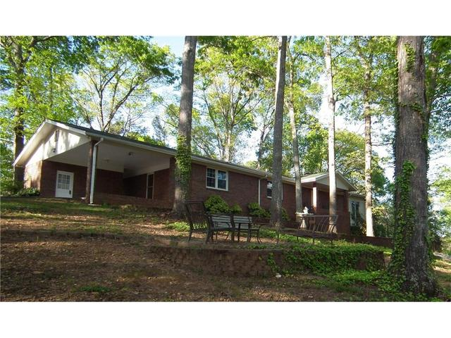 42 Lakeview Dr SE, Cartersville, GA 30121
