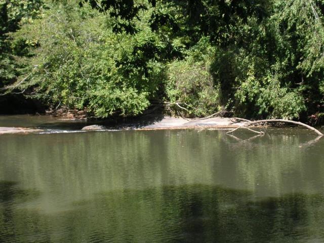 215 Old River Rd, Cornelia, GA 30531