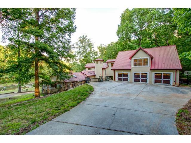 5580 W Phillips Mill Rd, Douglasville, GA 30135