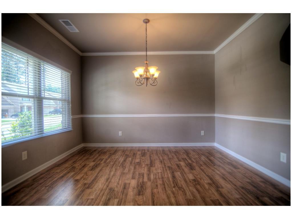 2203 Newbury Oaks Drive, Lawrenceville, GA 30044