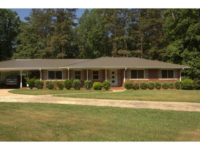 1555 Elliott Family Pkwy, Dawsonville, GA 30534