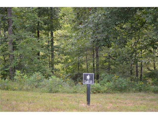 23 Wards Pond Way, Toccoa, GA 30577