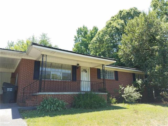 318 Cherry Hill Dr, Calhoun, GA 30701