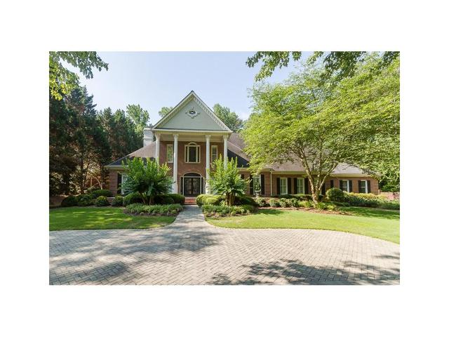 630 Heards Ferry Rd, Sandy Springs, GA 30328
