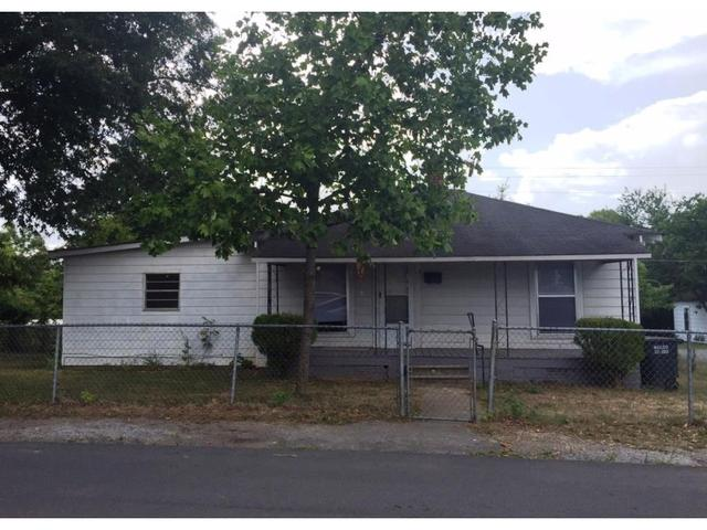 15 Short North Wall St, Calhoun, GA 30701
