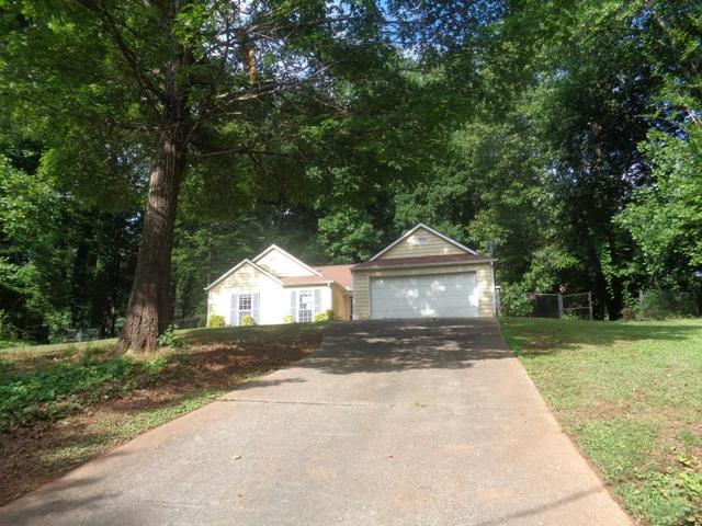 3857 Hibiscus Ct, Douglasville, GA 30135