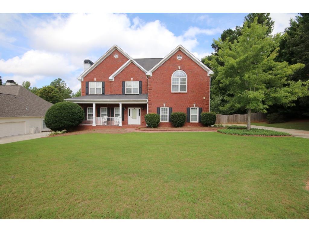 200 Amberbrook Circle, Grayson, GA 30017