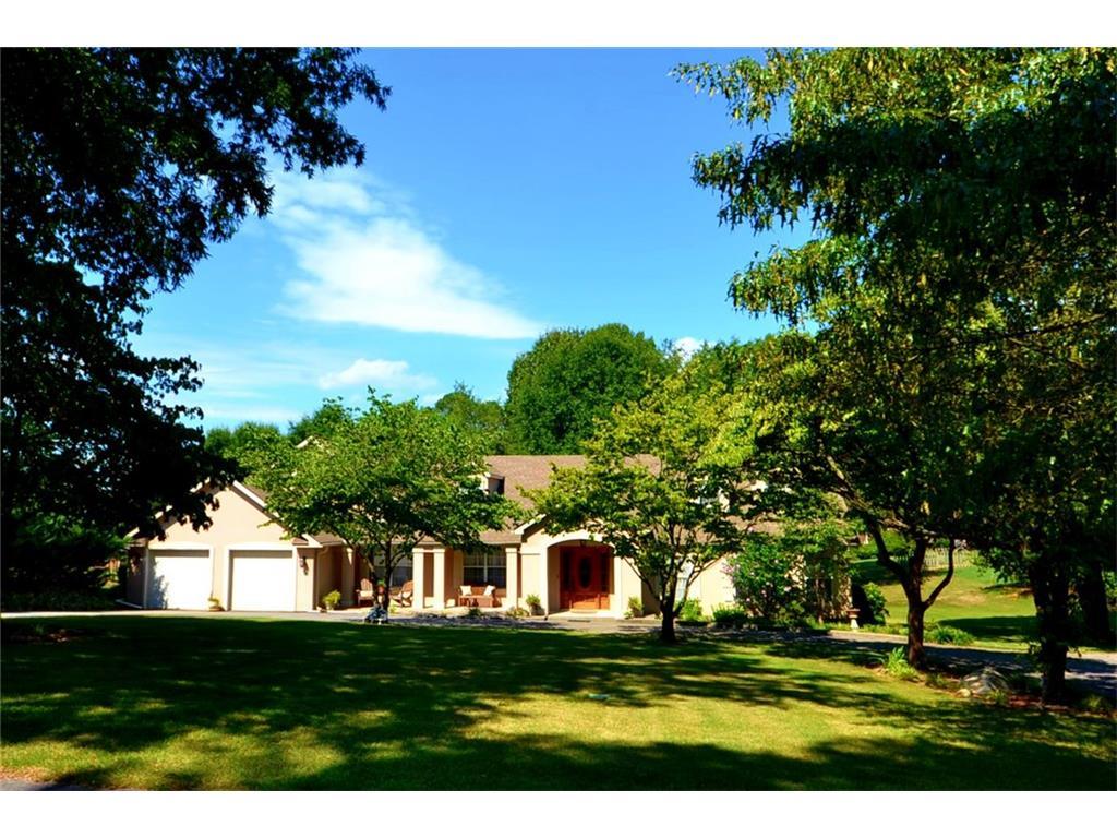 211 Woodland Circle, Calhoun, GA 30701
