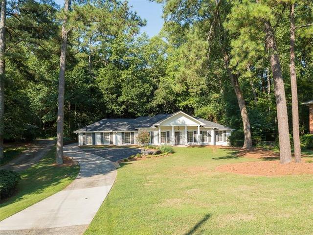 250 Forrest Lake Dr, Atlanta, GA 30327
