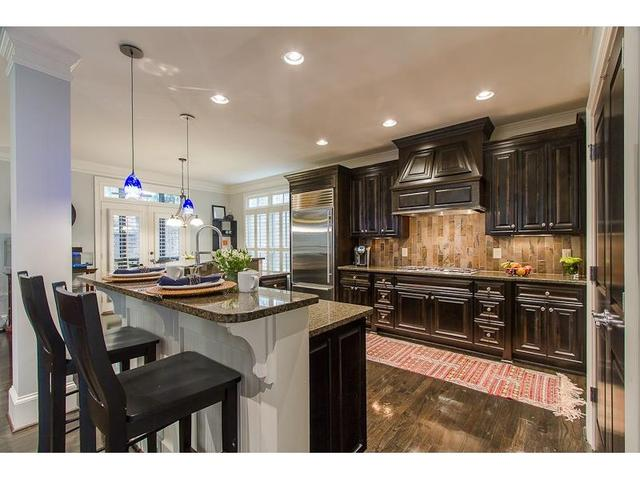 1120 Park Overlook Dr NE, Atlanta, GA 30324