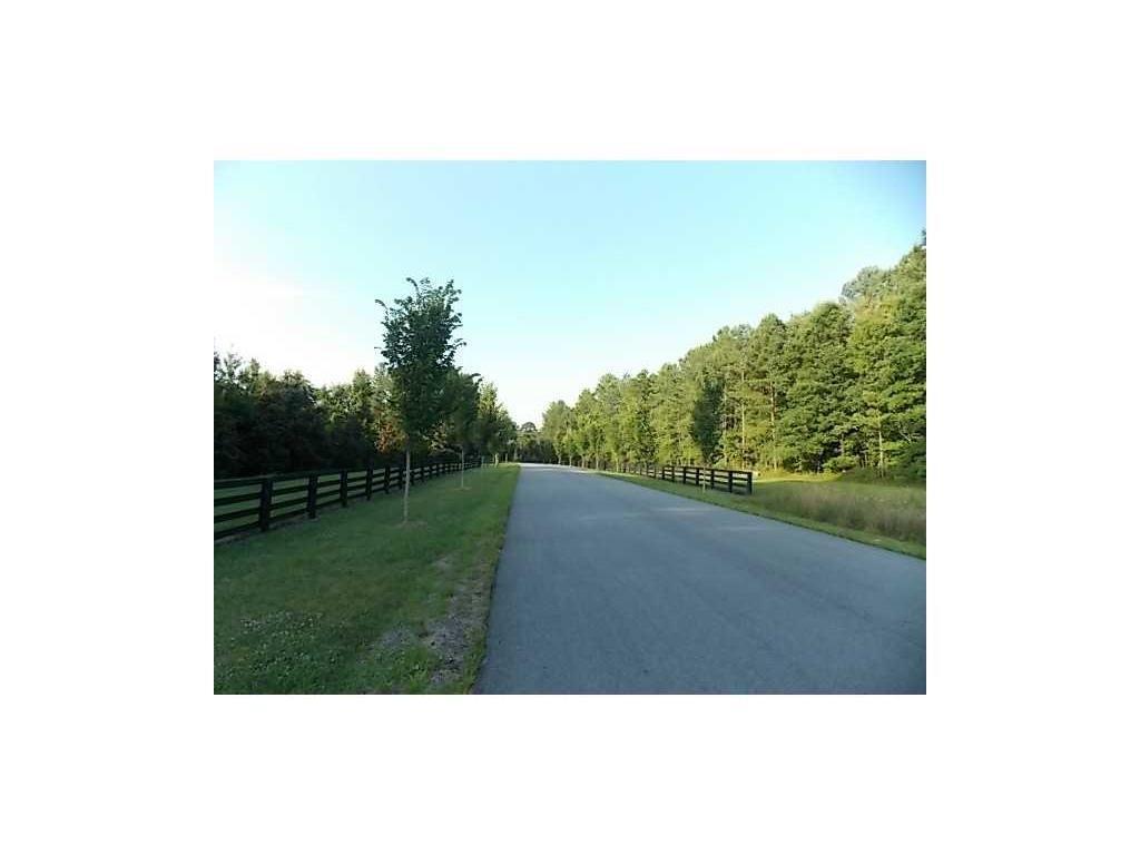 17 Saratoga Drive, Rydal, GA 30171