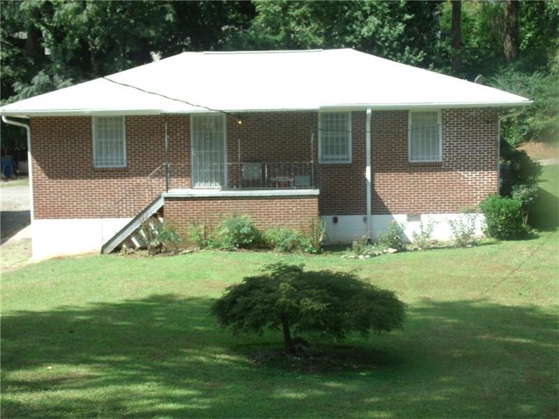 2433 Fallview Terrace, East Point, GA 30344