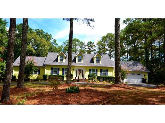 400 Three Oaks Dr SE, Calhoun, GA 30701