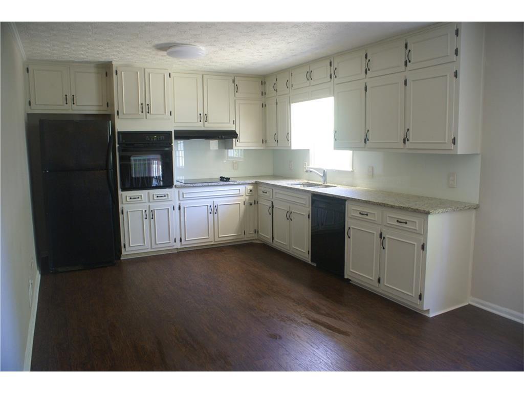 3376 San Antonio Drive, Snellville, GA 30039