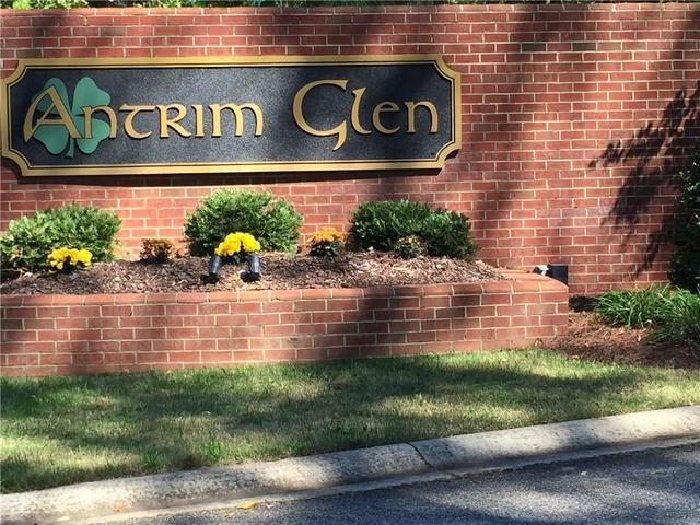 1091 Antrim Glen Dr, Hoschton, GA 30548