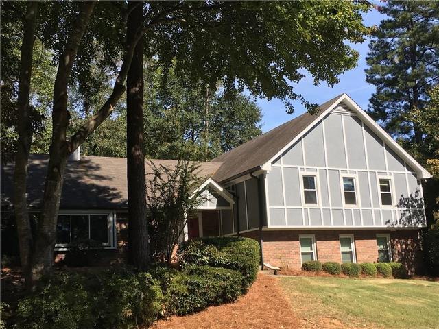 183 Oak Knoll Ct SE, Smyrna, GA 30082