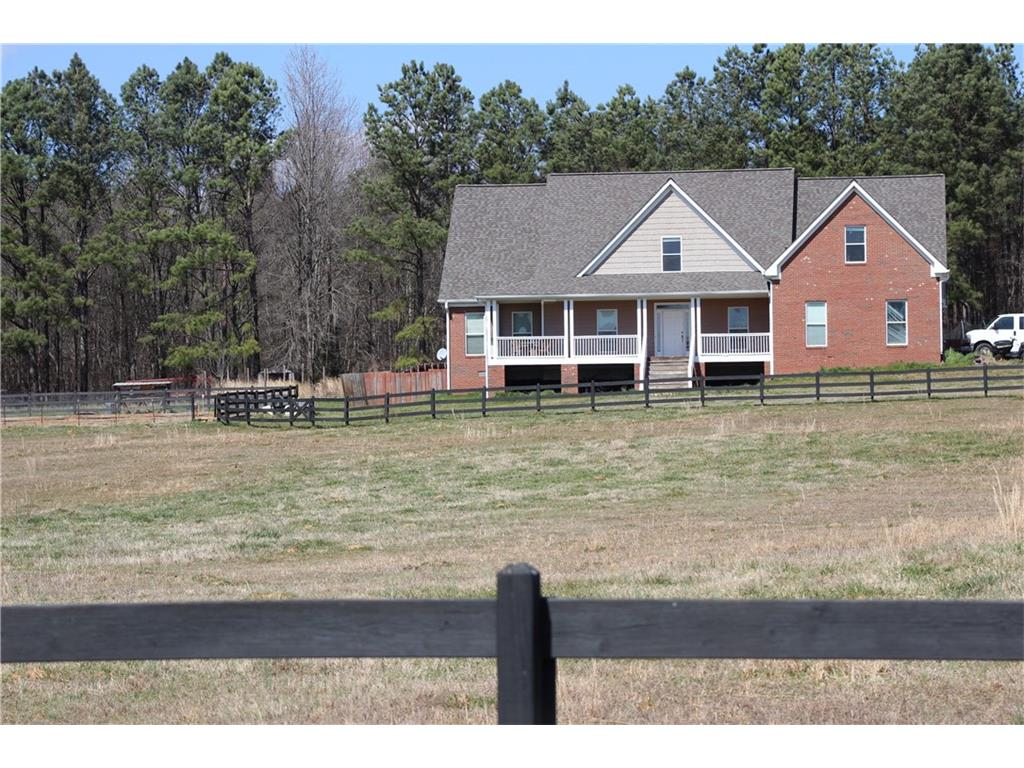 535 Oak Ridge Drive SE, Oxford, GA 30054