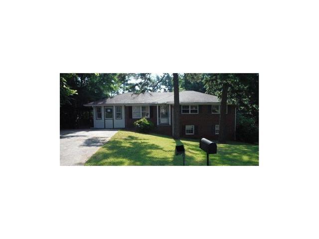 8169 Laurel Dr SW, Covington, GA 30014