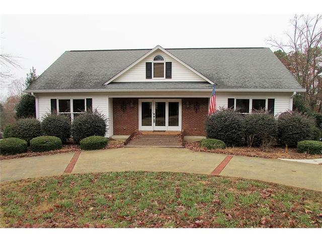 3307 Clearview Dr, Gainesville, GA 30506