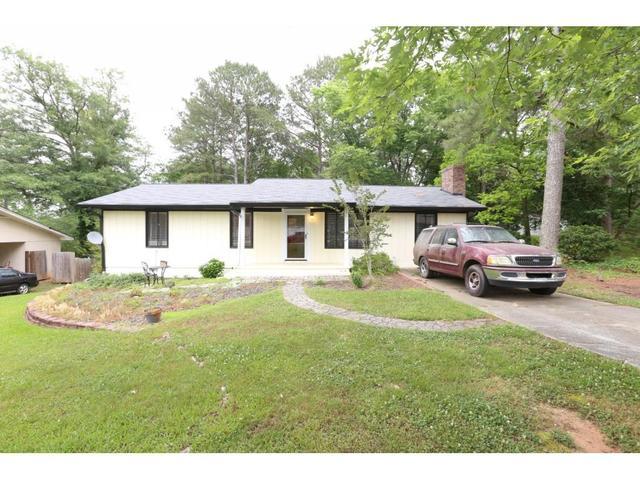 1816 Crestridge Cir NW, Conyers, GA 30012