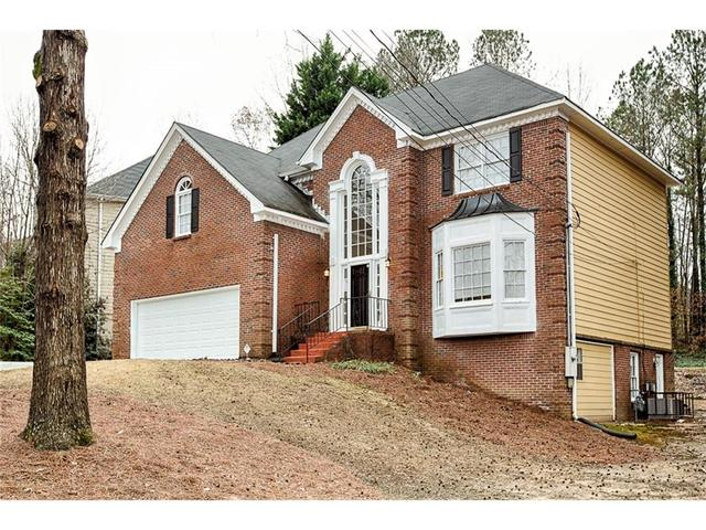 3373 Hunters Hill Dr, Lithonia, GA 30038