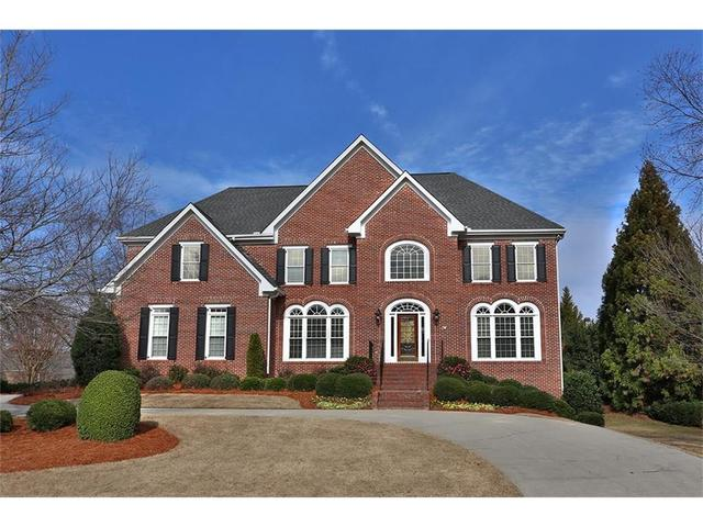 200 Summerhouse Ln, Sandy Springs, GA 30350