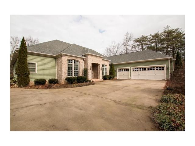 295 Creekside DrJasper, GA 30143