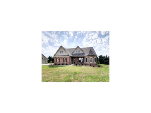 8305 Post Oak LnGainesville, GA 30506
