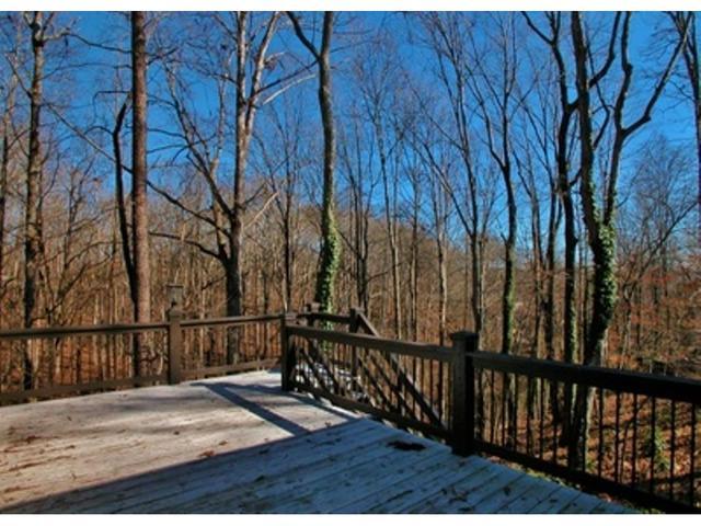 3140 Overlook Dr, Gainesville, GA 30506