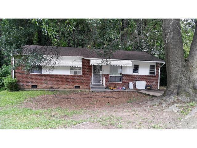2746 Santa Barbara Dr NW, Atlanta, GA 30318