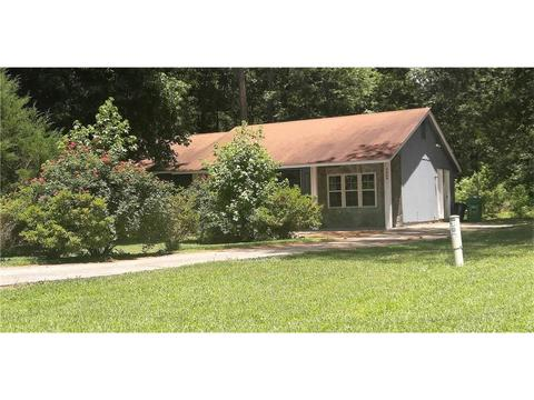 4864 Brookstone Pkwy, Ellenwood, GA 30294