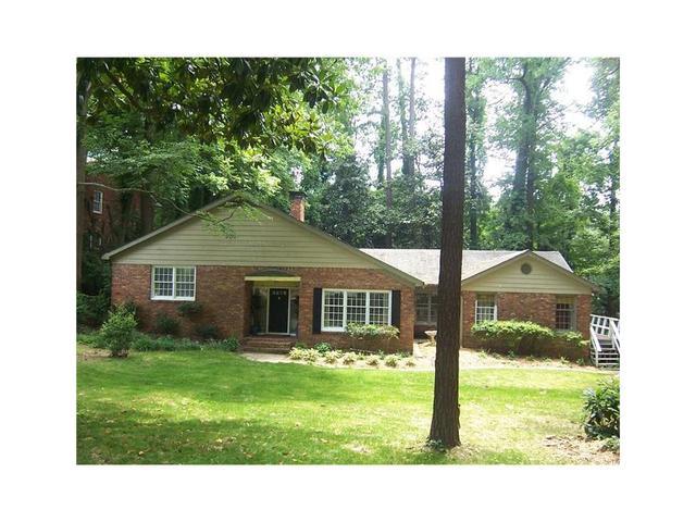 689 Longleaf Dr NE, Atlanta, GA 30342