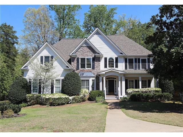 2109 Bogans Lake Path, Dunwoody, GA 30338