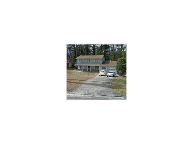 2625 The Fontainebleau SW, Atlanta, GA 30331