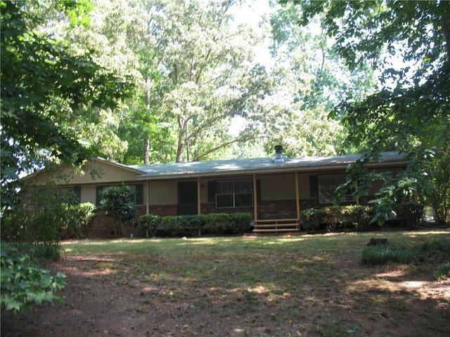 2110 Chestnut Log Cir, Lithia Springs, GA 30122