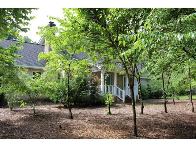 2124 Little Sand Mountain RdArmuchee, GA 30105
