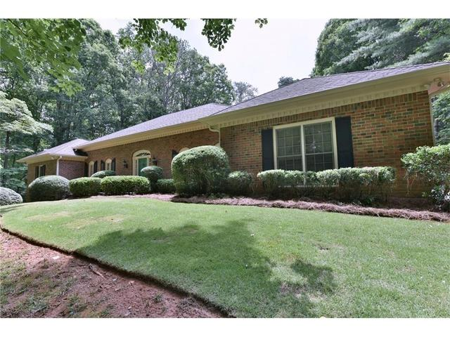 460 Huntcliff GrnSandy Springs, GA 30350