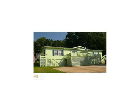 6098 Mitchell St, Flowery Branch, GA 30542