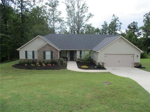 1466 Fieldstone Ct, Winder, GA 30680
