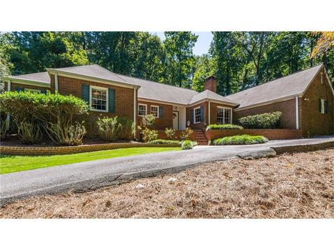 3760 Cloudland Dr NW, Atlanta, GA 30327