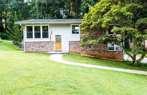 Remarkable 30008 Real Estate 89 Homes For Sale In 30008 Ga Movoto Home Interior And Landscaping Elinuenasavecom