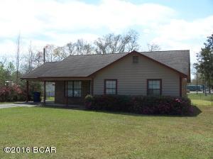 20103 NE Wade St, Blountstown, FL 32424
