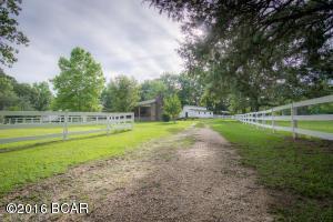 1828 Porter Rd, Cottondale, FL 32431