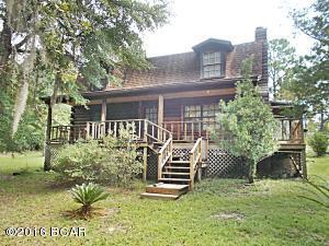 896 Putnam Ave, Alford, FL 32420
