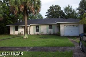 4055 Fairbanks Dr, Chipley, FL 32428