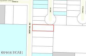 138 N Berthe Ave, Panama City, FL 32404
