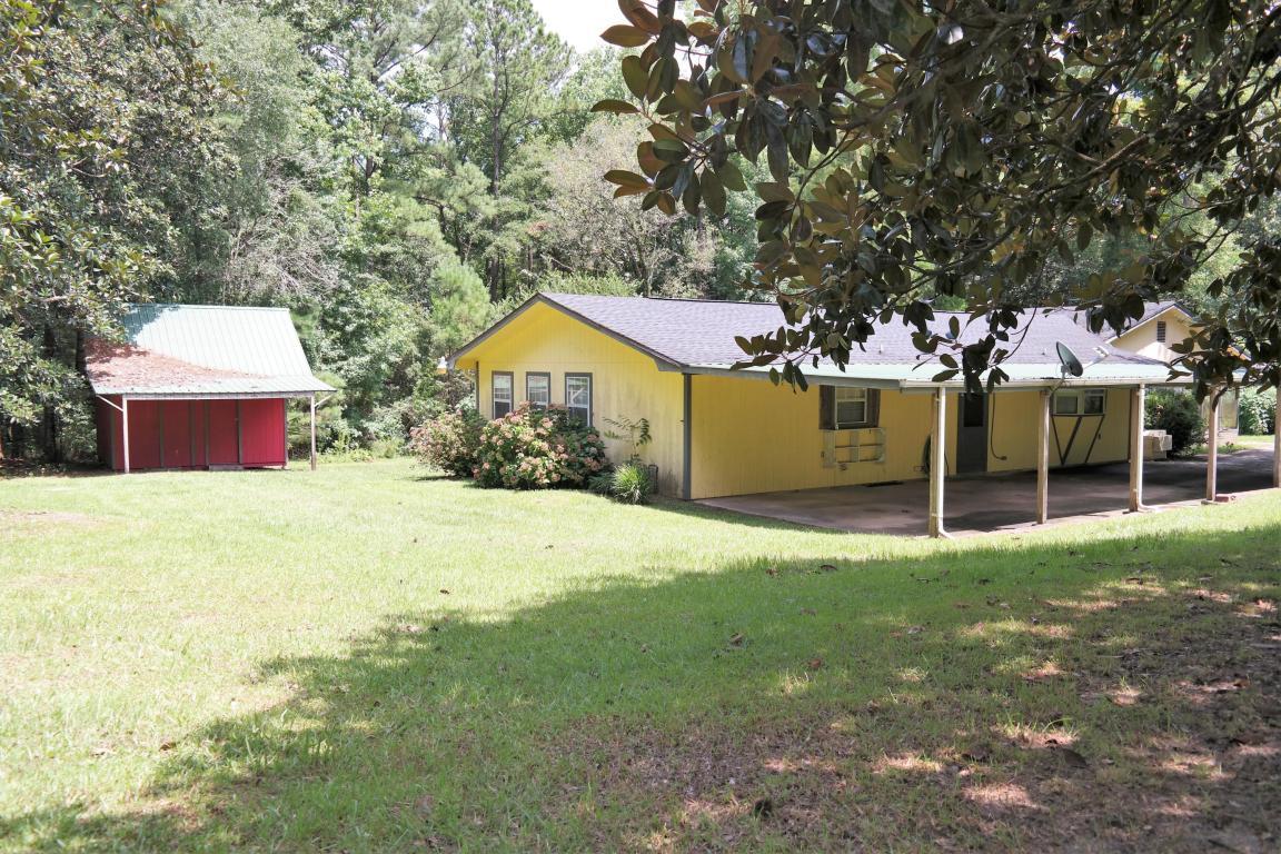 97 Walnut Avenue, Defuniak Springs, FL 32435