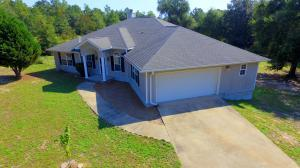 5951 Oakcrest Dr, Crestview, FL 32539